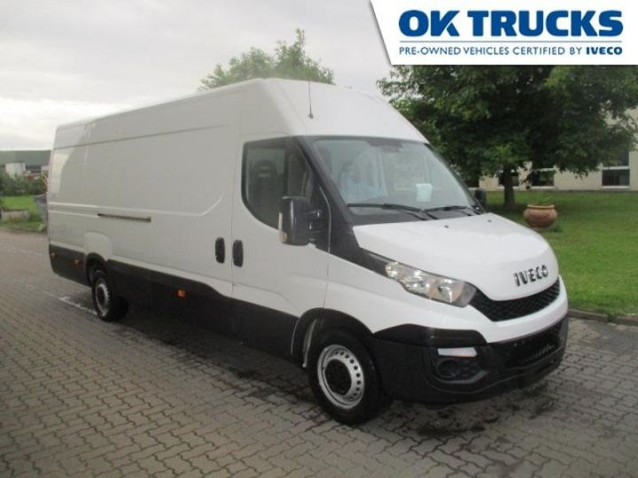 Vehiculo comercial Iveco Daily 35S17V16 - 18 500 HT Blanc - 1