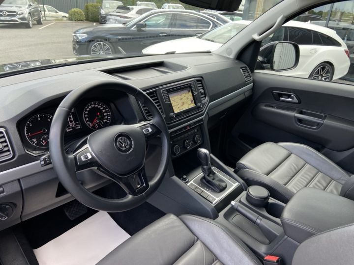Volkswagen Amarok 3.0 V6 TDI 224ch 4MOTION CARAT BVA8 NOIR - 8