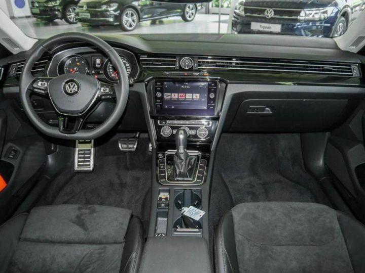 Volkswagen Arteon 2.0 TDI 150 ELEGANCE DSG7(01/2018) Noir nacré - 6