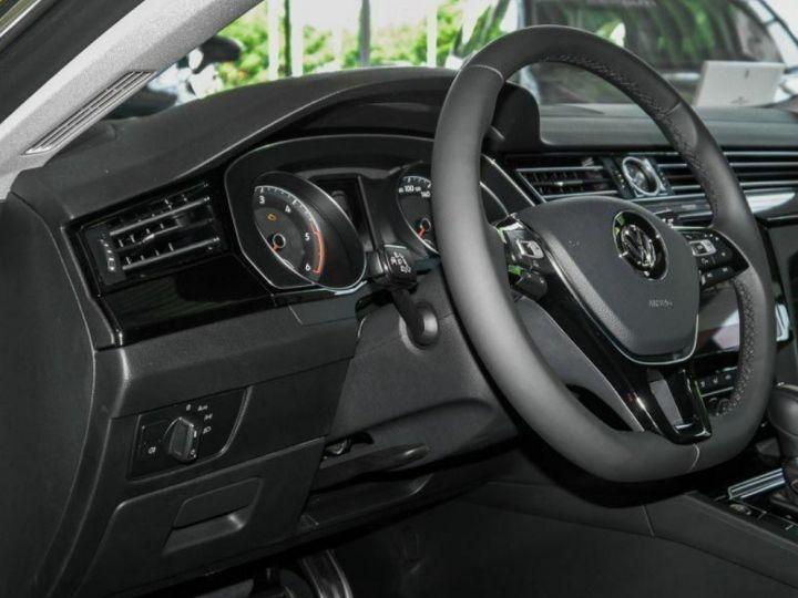 Volkswagen Arteon 2.0 TDI 150 ELEGANCE DSG7(01/2018) Noir nacré - 7