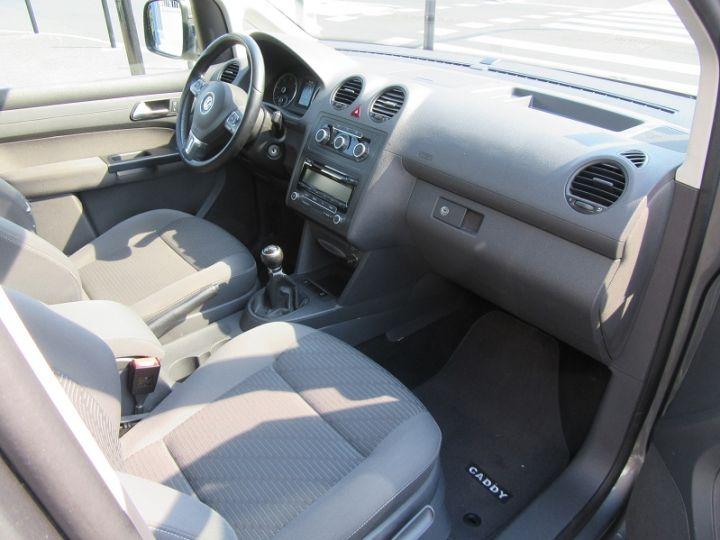 Volkswagen Caddy 1.6 TDI 102CH BLUEMOTION FAP CONFORTLINE Gris Fonce Occasion - 12