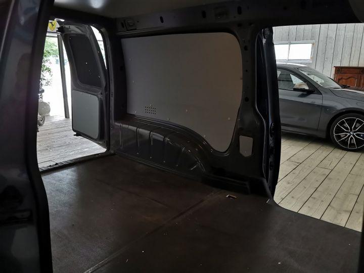 Volkswagen Caddy MAXI VAN 1.4 TSI 125 CV BV6 Gris - 8