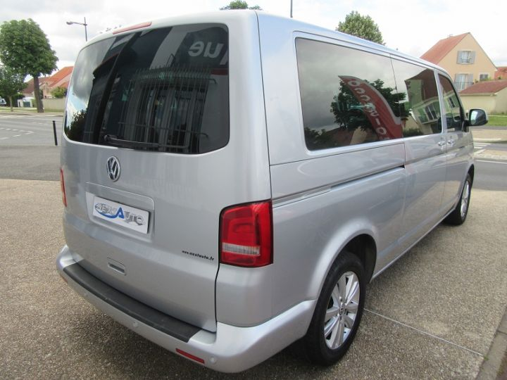 Volkswagen Caravelle 2.0 TDI 180CH BLUEMOTION TECHNOLOGY FAP CONFORTLINE DSG7 LONG Gris Clair Occasion - 9