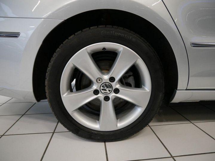 Volkswagen CC 1.4 TSI 150 ess 10/2016 gris métal - 3