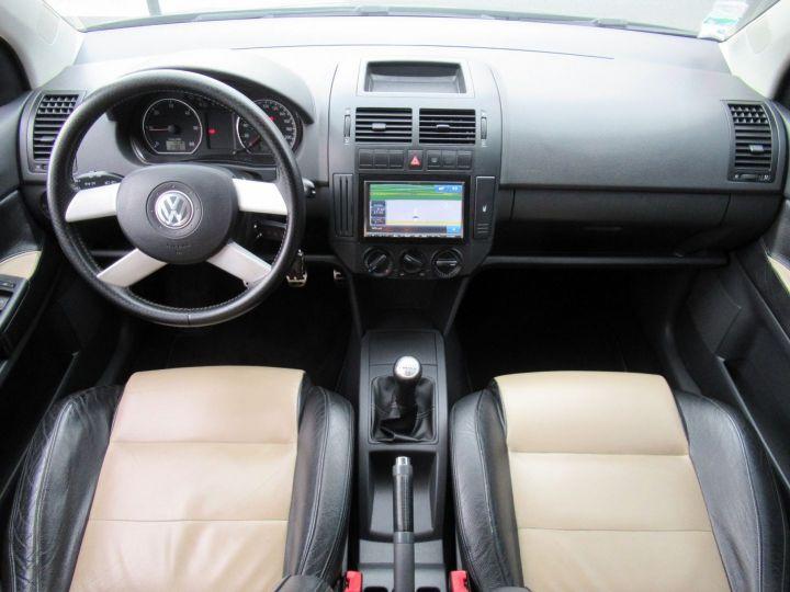 Volkswagen CrossPolo 1.9 TDI 100CH 5P Noir - 16