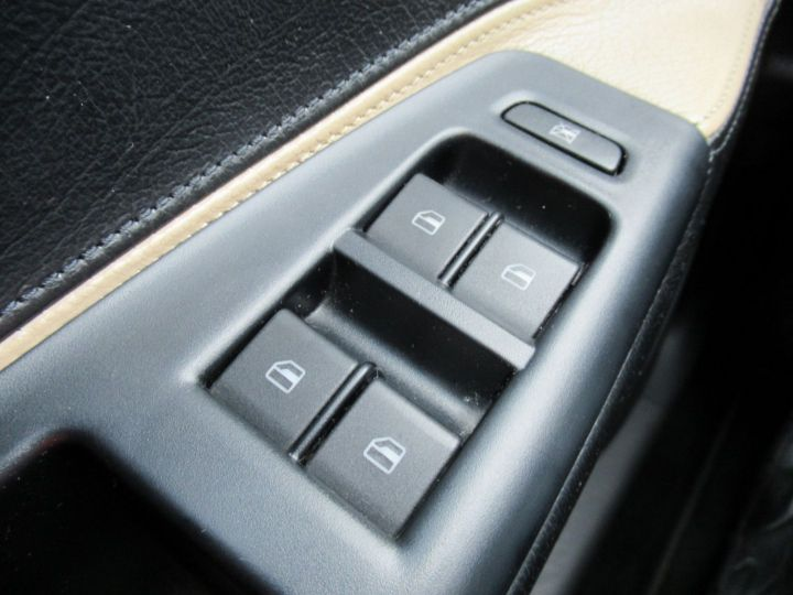Volkswagen CrossPolo 1.9 TDI 100CH 5P Noir - 18