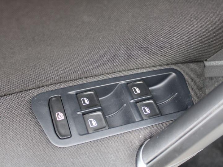 Volkswagen e-Golf 115 Electrique Gris - 17