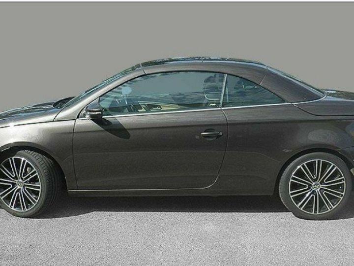 Volkswagen EOS 2.0 TDI 140 DSG  BlueMotion Exclusive Brun Jatoba métal - 3