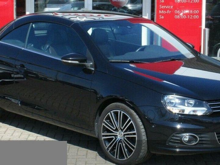 Volkswagen EOS 2.0 TSI 210  DSG6 EXCLUSIVE(01/2011) noir métal - 2