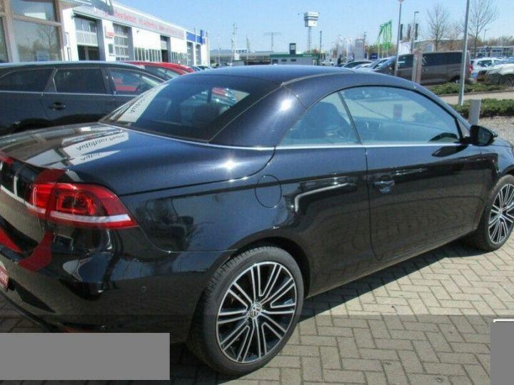 Volkswagen EOS 2.0 TSI 210  DSG6 EXCLUSIVE(01/2011) noir métal - 5