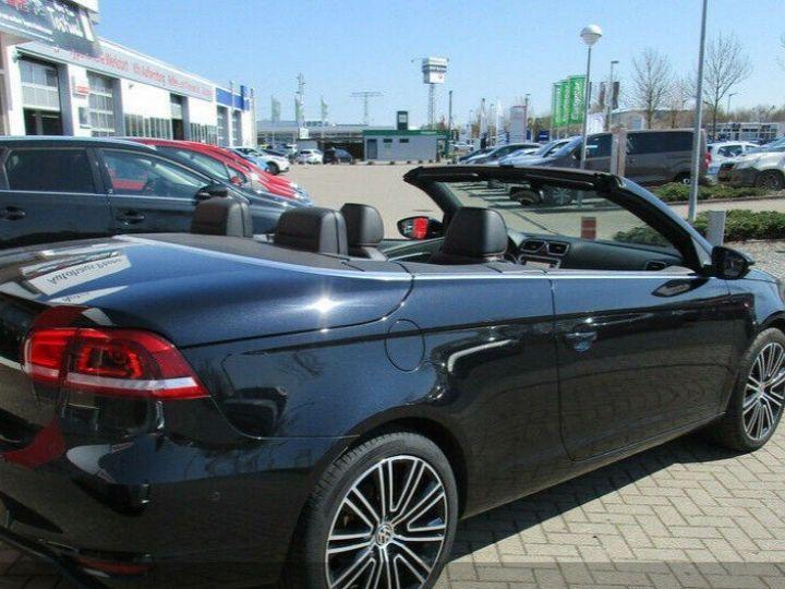 Volkswagen EOS 2.0 TSI 210  DSG6 EXCLUSIVE(01/2011) noir métal - 8