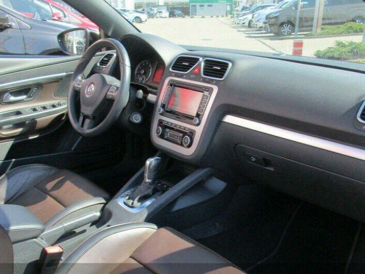 Volkswagen EOS 2.0 TSI 210  DSG6 EXCLUSIVE(01/2011) noir métal - 11