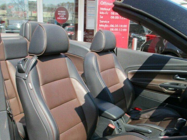 Volkswagen EOS 2.0 TSI 210  DSG6 EXCLUSIVE(01/2011) noir métal - 12