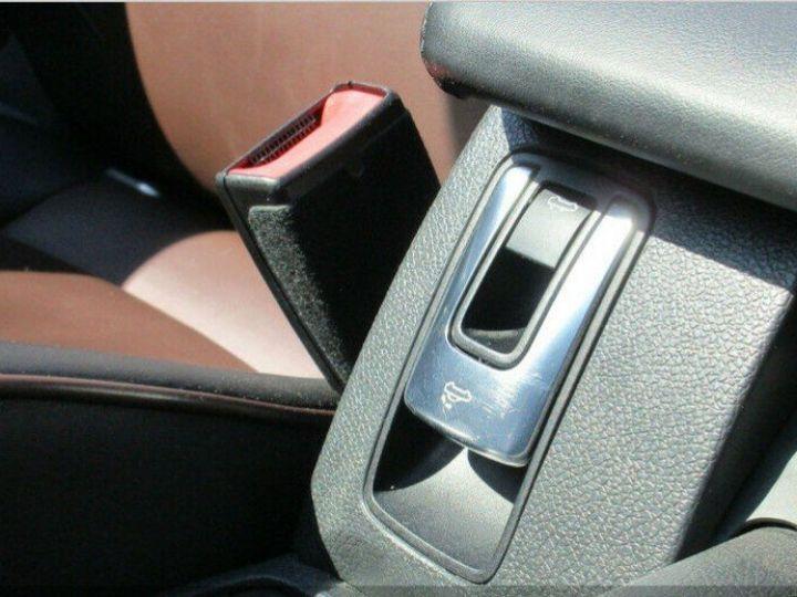 Volkswagen EOS 2.0 TSI 210  DSG6 EXCLUSIVE(01/2011) noir métal - 14