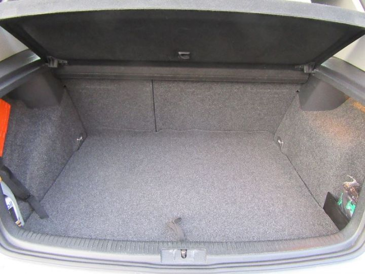 Volkswagen Golf 1.4 80CH TOUR 5P GRIS CLAIR Occasion - 8