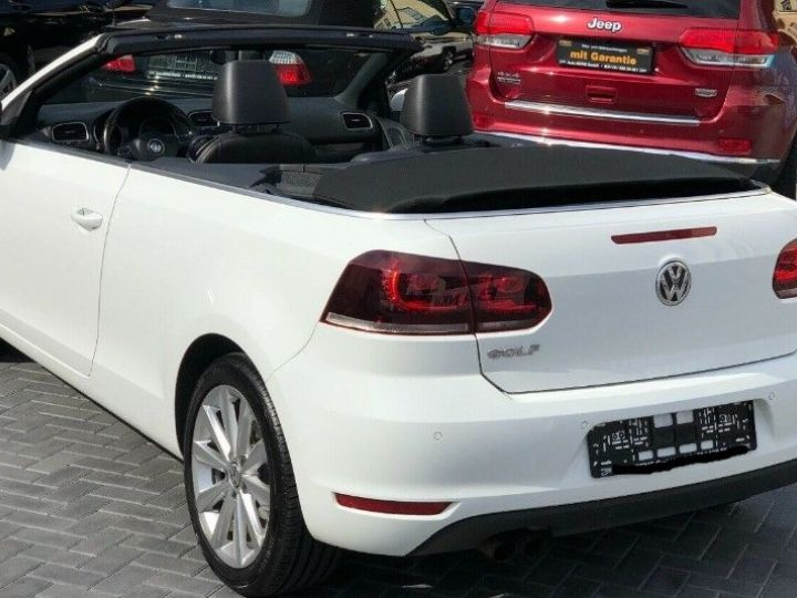 Volkswagen Golf 1.4 TSI 160 Pack Sport  DSG7 blanc métal - 10