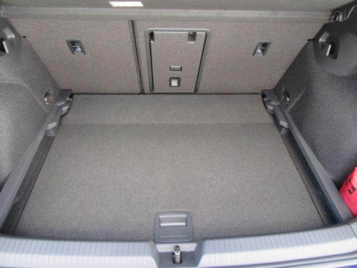 Volkswagen Golf 1.5 TSI ACT OPF 130CH STYLE 1ST 121G Atlantic Blue Neuf - 10