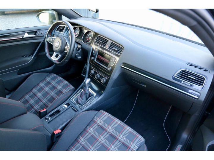 Volkswagen Golf 2.0 GTI Performance  - 8