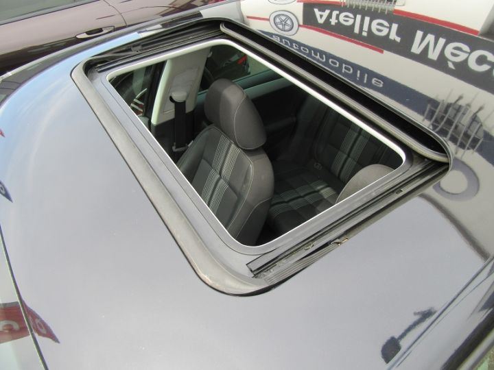 Volkswagen Golf 2.0 TDI 140CH FAP CONFORTLINE DSG6 5P Noir Occasion - 13