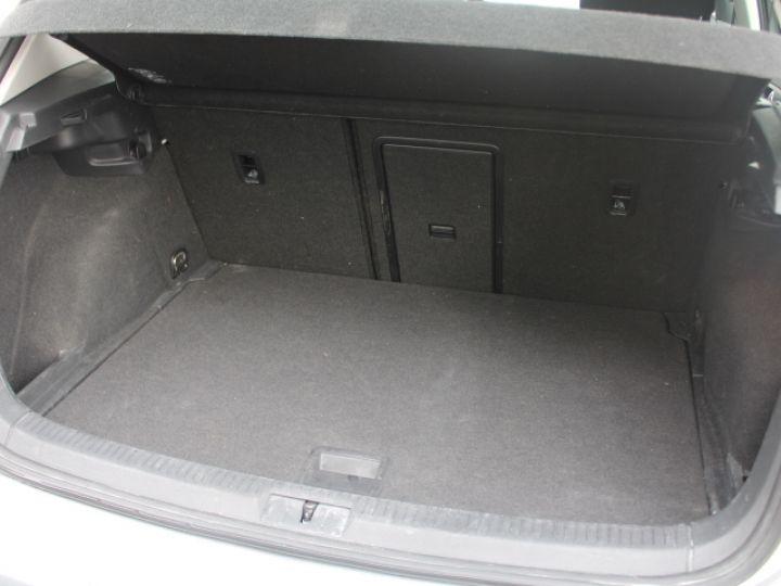 Volkswagen Golf 2.0 TDI 150 BLUEMOTION TECHNOLOGY DSG6 Confortline Gris - 5