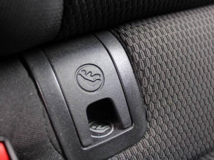 Volkswagen Golf 2.0 TDI 150 BLUEMOTION TECHNOLOGY DSG6 Confortline Gris - 11