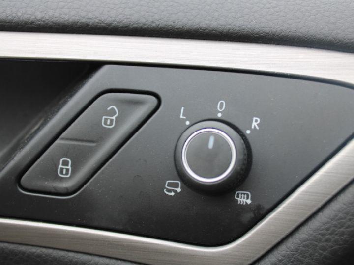 Volkswagen Golf 2.0 TDI 150 BLUEMOTION TECHNOLOGY DSG6 Confortline Gris - 14