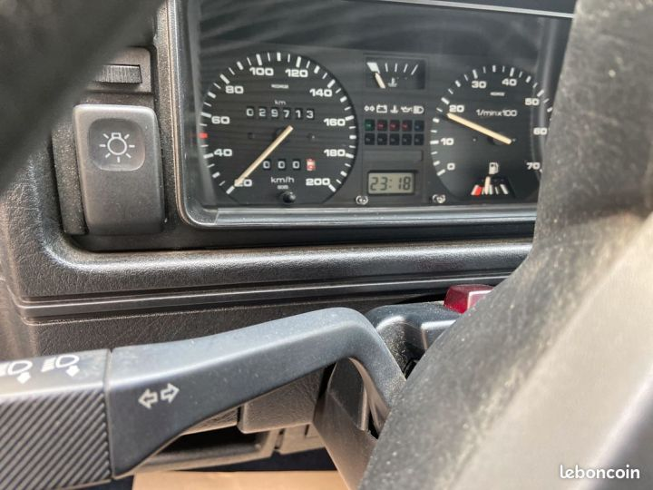 Volkswagen Golf 2 boston état neuf 29000km 1ère main française Autre - 7