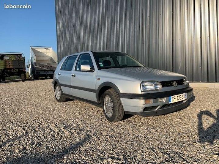 Volkswagen Golf 3 Match 90ch  - 1