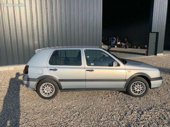Volkswagen Golf 3 Match 90ch  - 2