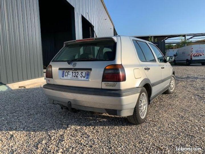 Volkswagen Golf 3 Match 90ch  - 3