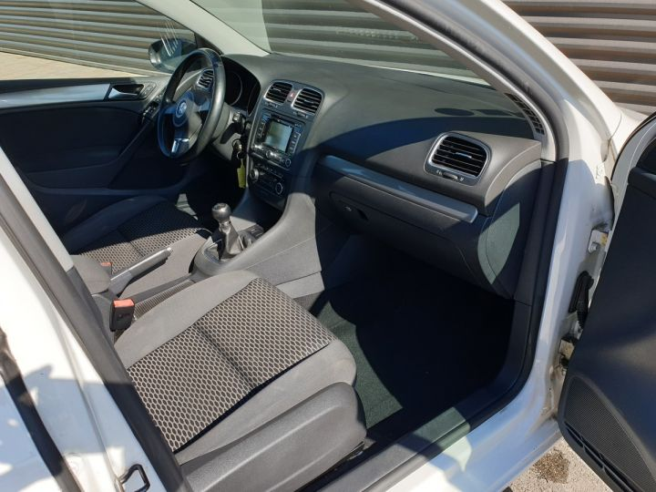 Volkswagen Golf 7 1.6 tdi 90 confortline 5 pts bm Blanc Occasion - 14