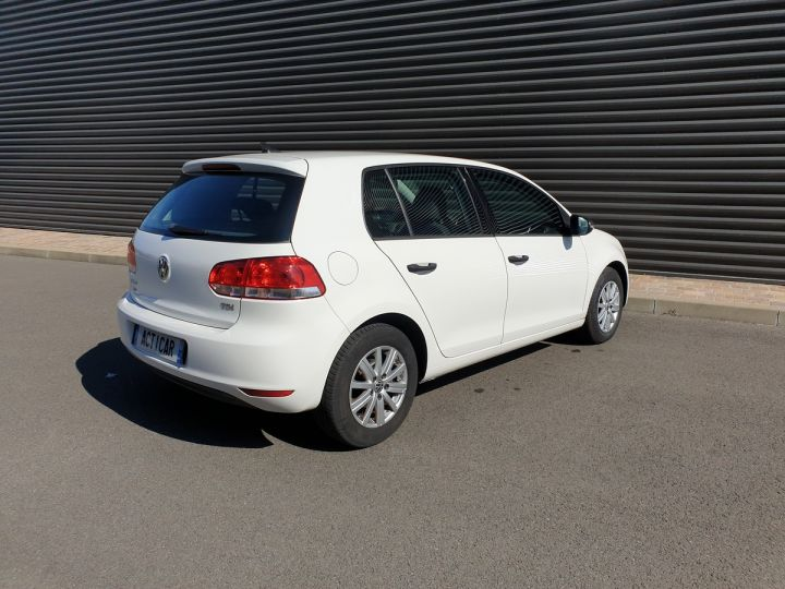 Volkswagen Golf 7 1.6 tdi 90 confortline 5 pts bmi Blanc Occasion - 18