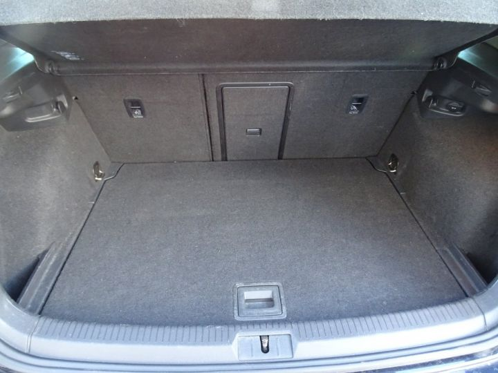 Volkswagen Golf 7 2.0 TSI 220 BLUEMOTION TECHNOLOGY GTI 3P/ FULL Options noir metallisé - 16