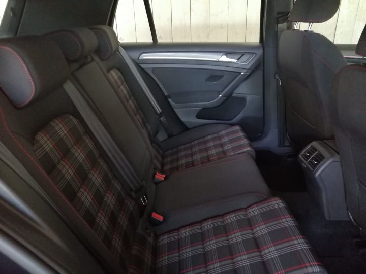 Volkswagen Golf 7 GTI 2.0 TSI 245 CV PERFORMANCE BV6 Noir - 9