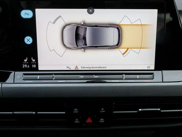 Volkswagen Golf 8 1.5TSI 150 DSG Style / Toit ouvrant/Alcantara/09/2020 noir métal - 12