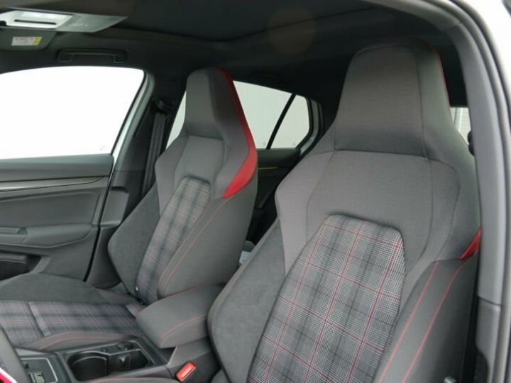 Volkswagen Golf 8 GTI 2.0 TSI DSG 5P blanc  Occasion - 6
