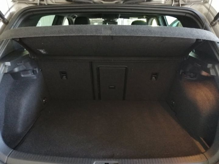 Volkswagen Golf GTE 1.4 TSI 204 CV DSG  Gris - 14