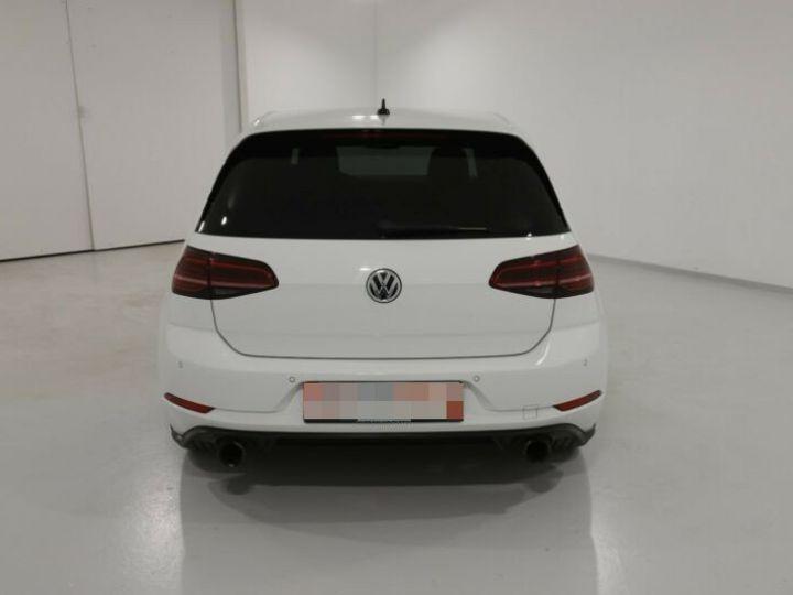 Volkswagen Golf GTI Blanc et rouge - 3