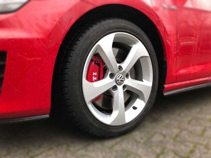Volkswagen Golf GTI rouge tornado  - 4