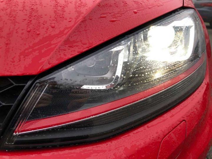 Volkswagen Golf GTI rouge tornado  - 5