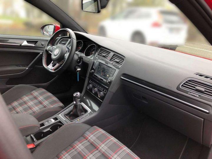 Volkswagen Golf GTI rouge tornado  - 7