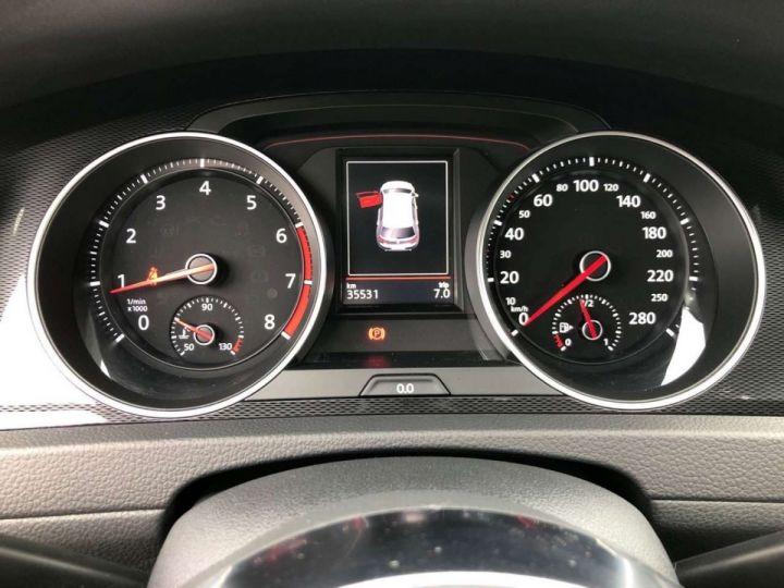 Volkswagen Golf GTI rouge tornado  - 8