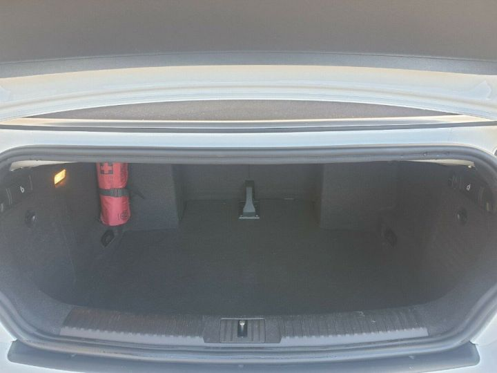 Volkswagen Golf GTI 2.0 DSG 210 Cabriolet (09/2012) blanc nacré - 6