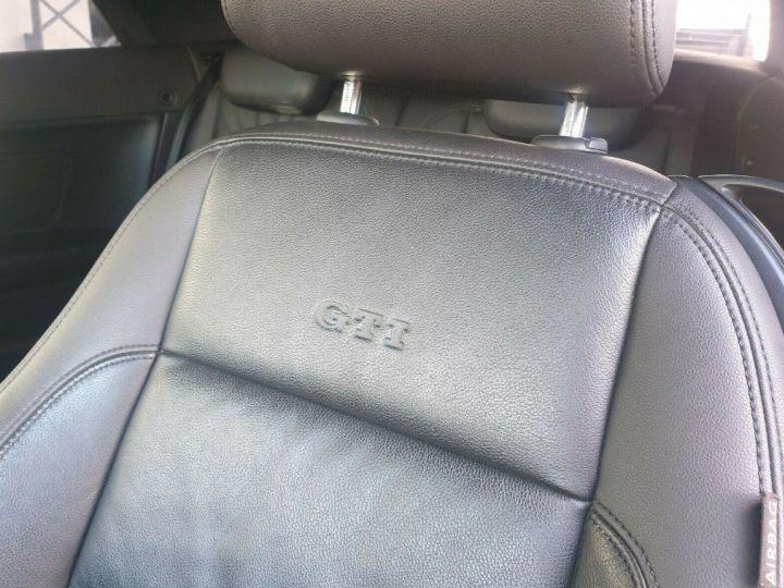 Volkswagen Golf GTI 2.0 DSG 210 Cabriolet (09/2012) blanc nacré - 21