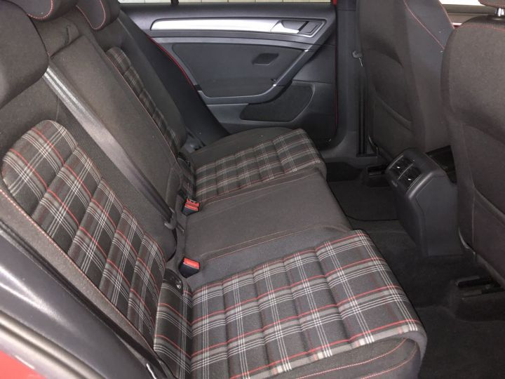 Volkswagen Golf GTI 2.0 TSI 230 CV PERFORMANCE DSG 5P Rouge - 8