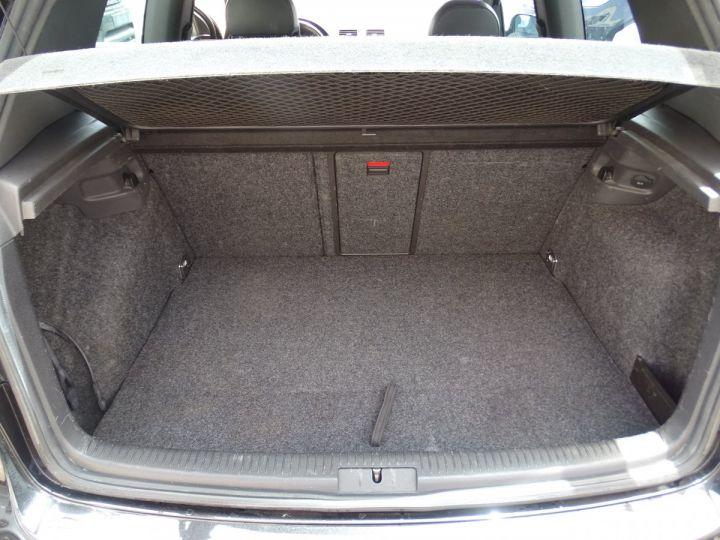 Volkswagen Golf R32 4 Motion DSG Véhicule Français  Noir metallisé - 16