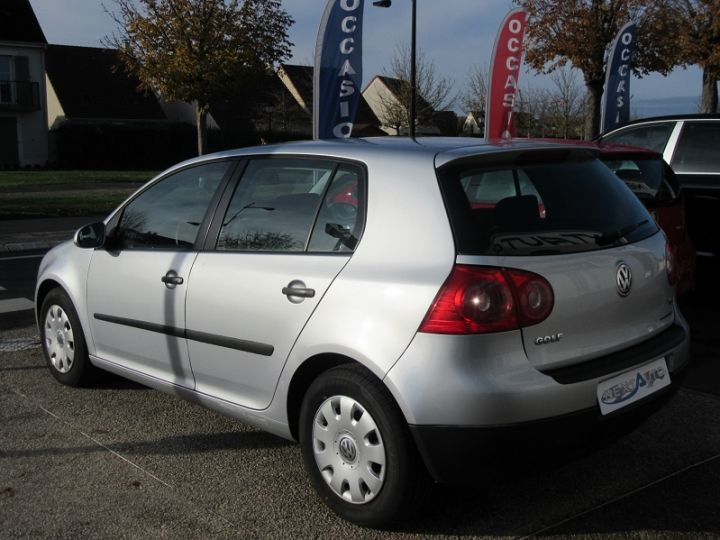 Volkswagen Golf V 1.6 102CH TREND 5P Gris Clair Occasion - 3