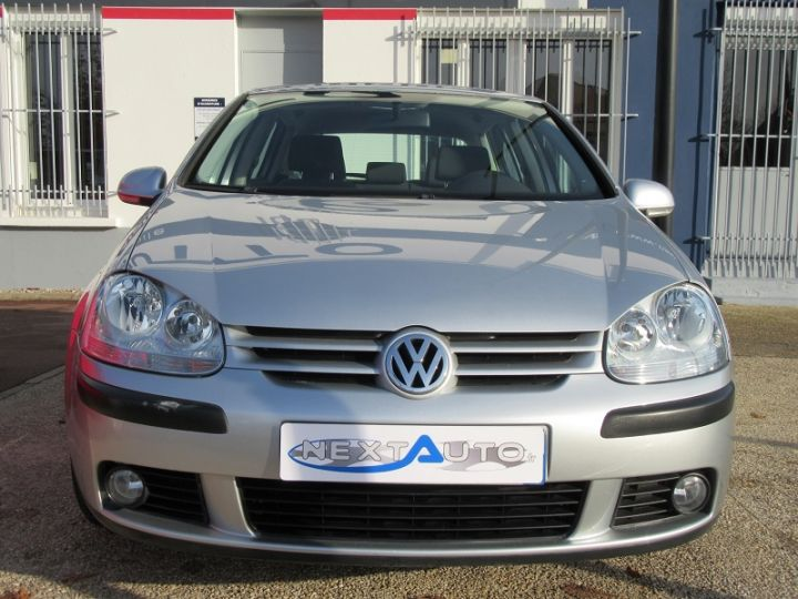 Volkswagen Golf V 1.6 102CH TREND 5P Gris Clair Occasion - 6