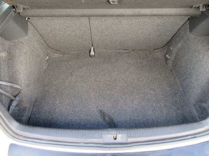 Volkswagen Golf V 1.6 102CH TREND 5P Gris Clair Occasion - 11
