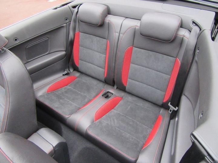 Volkswagen Golf VI CABRIOLET 1.2 TSI 105CH CARAT BLUEMOTION TECHNOLOGY Rouge Occasion - 8